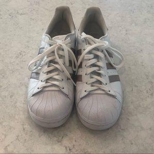 Adidas superstar shoes sz 9